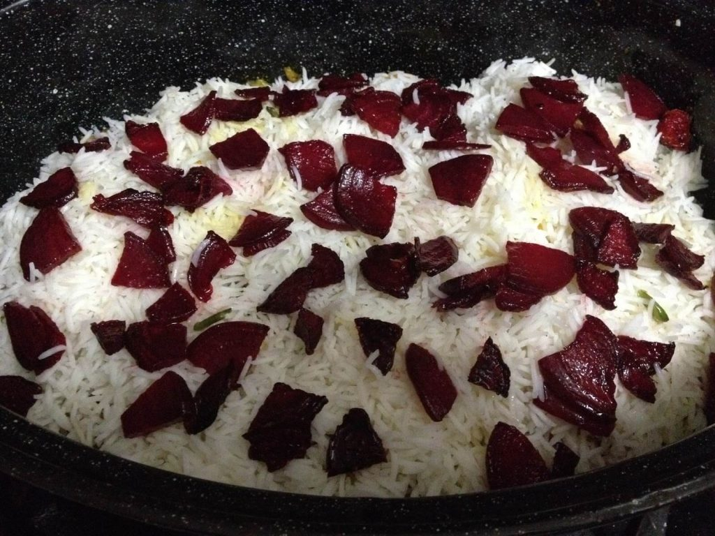 Vegetable biryani with beets