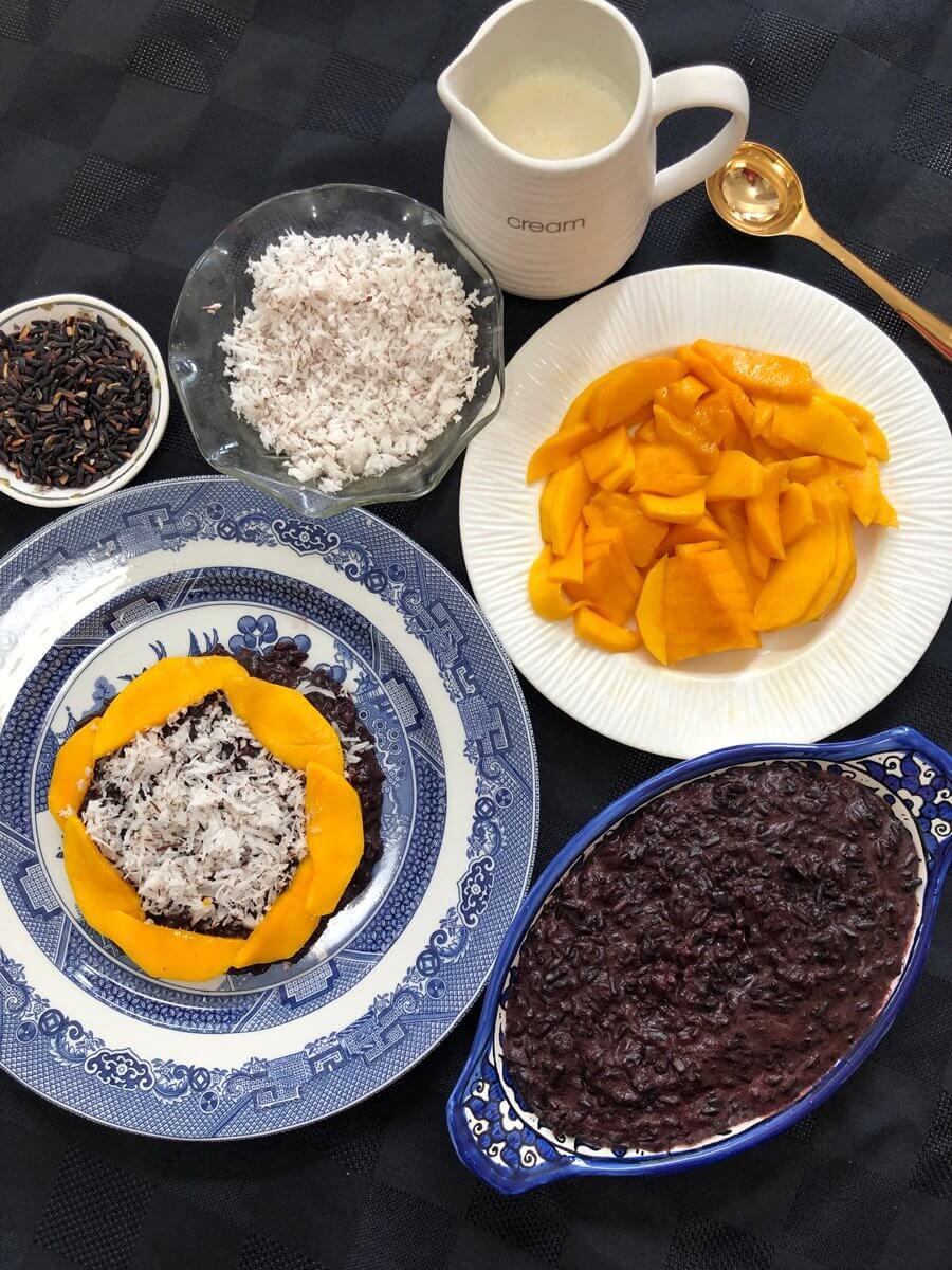 mango coconut sticky rice porridge